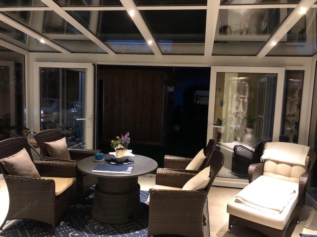 Wintergarten mit LED-Beleuchtung